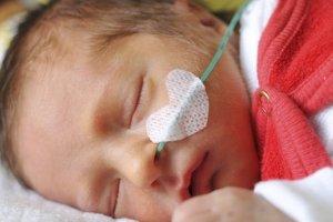 Senado aprova licença-maternidade de até 1 ano para mães de prematuros